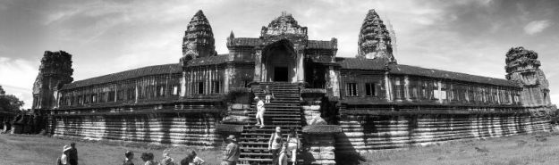 Angkor Wat b&w 03