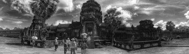 Angkot Wat b&w 04