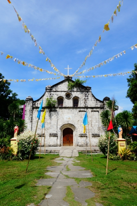 Navalas Church 01